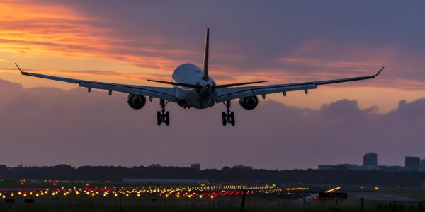 Important Tips to consider when booking a Red Eye Flight