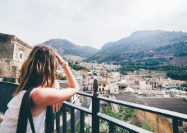 How to stay safe while traveling solo