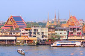 Find low fare tickets to Chao Phraya river and Wat Pho temple in Bangkok