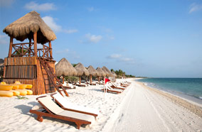 Get discount flights to Playa Del Carmen beach in Cancun
