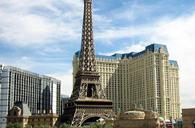 Get discount flights to hotel Paris in Las Vegas