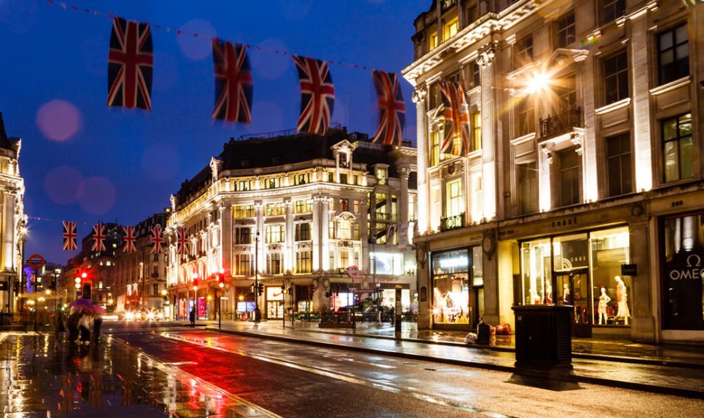 London-ShoppingMall