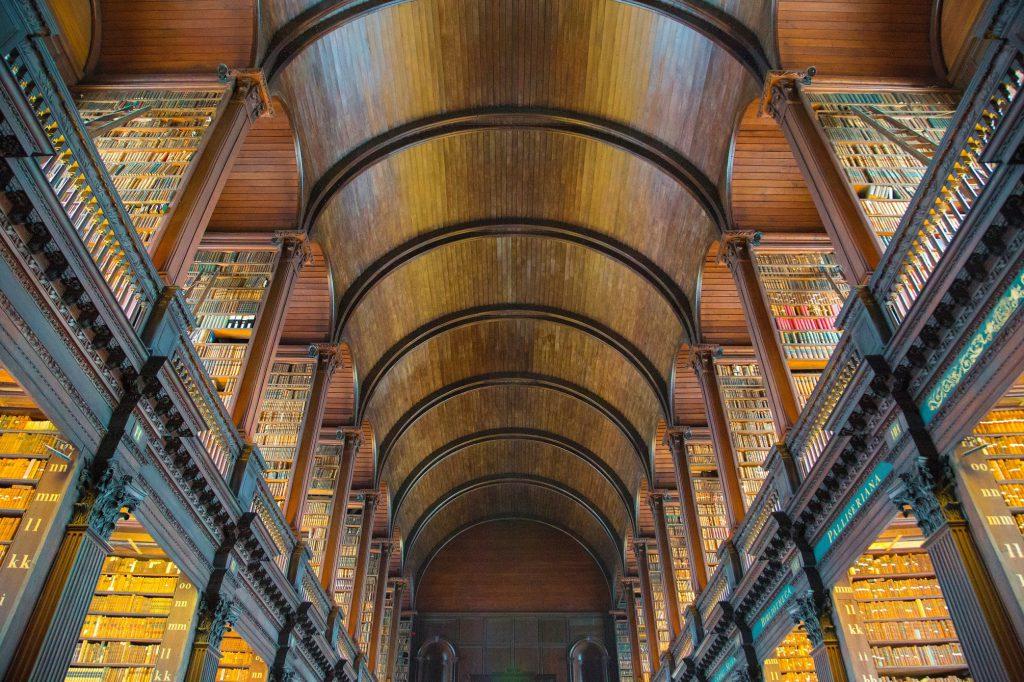 trinity_college_dublin_ireland_farebuzz