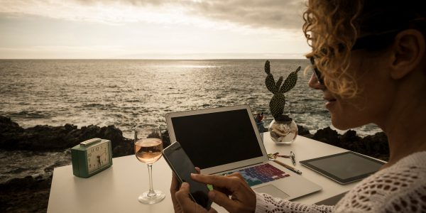 Become a Digital Nomad: Work Remotely While Traveling the World