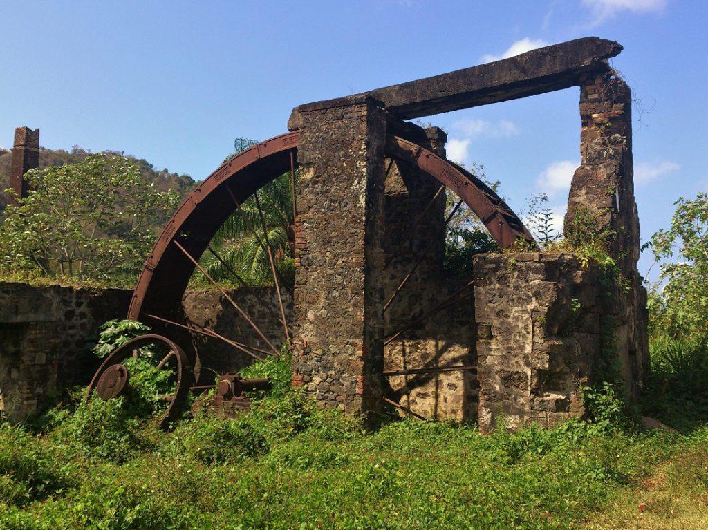 grenada-rum_distillary_waterwheel
